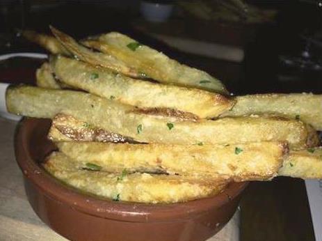 garlic fries @ The Kitchen Upstairs